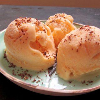 Yanık Kayısılı Yoğurtlu Dondurma